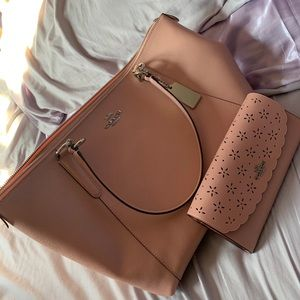 Authentic Coach Purse & Wallet